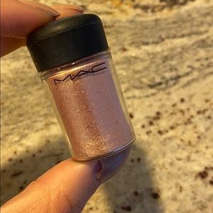 Mac Full Sized Pigment - Rose